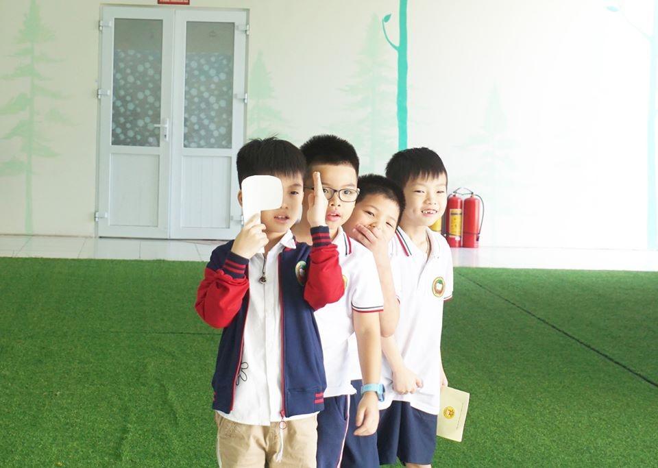 Khám sức khỏe định kỳ cho học sinh tại Victoria Thăng Long